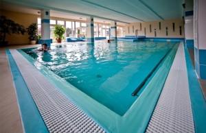 DUDINCE_hotelpramen-bazen